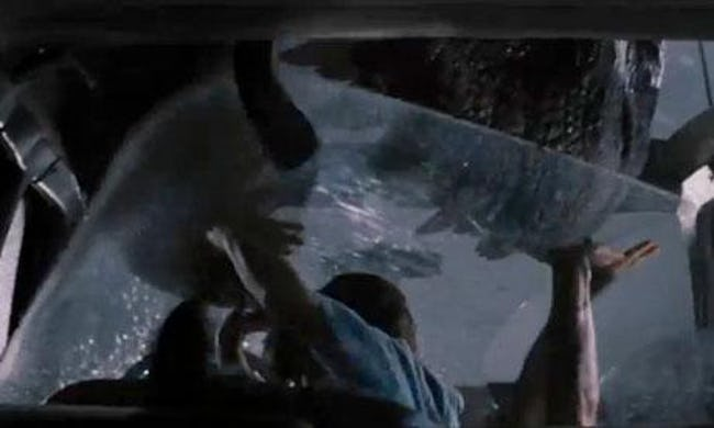 the-t-rex-coming-through-the-glass-in-jurassic-park-was-an-accident-photo-u1