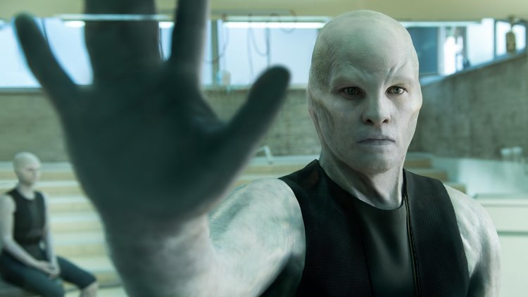 sam-worthington-is-transformed-into-an-enhanced-super-human-in-trailer-for-the-sci-fi-film-the-titan-social.jpg